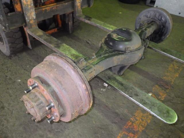 Forwarder Rear Axle : Used rear differential housing assembly toyota coaster pb