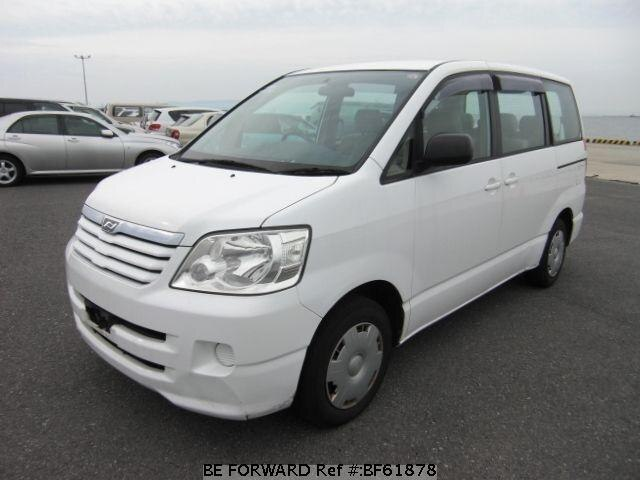 Used 2002 TOYOTA NOAH BF61878 for Sale