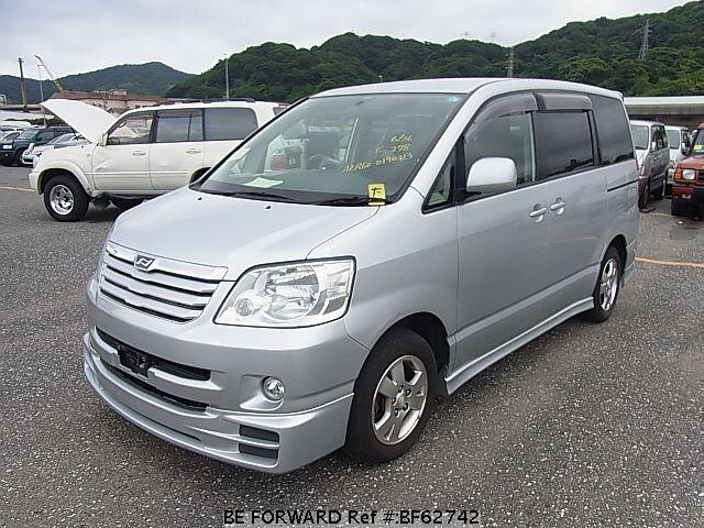 Used 2003 TOYOTA NOAH BF62742 for Sale