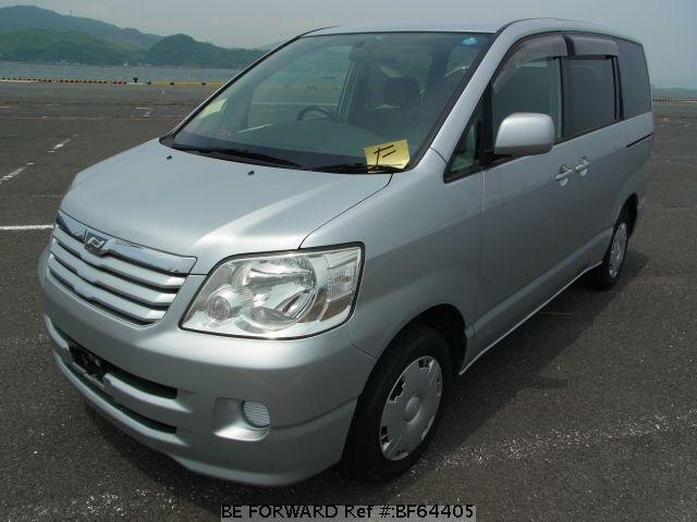 Used 2001 TOYOTA NOAH BF64405 for Sale