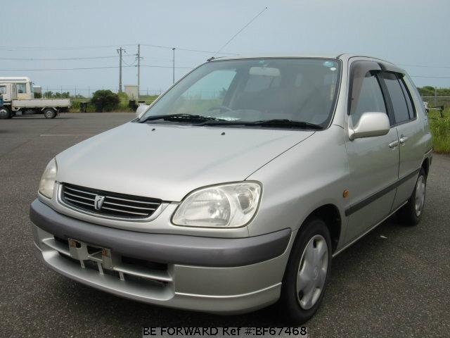 Used 2001 TOYOTA RAUM BF67468 for Sale