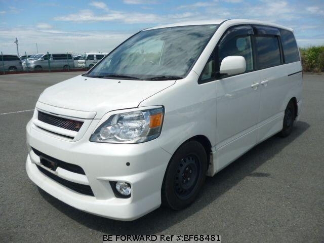 Used 2002 TOYOTA NOAH BF68481 for Sale