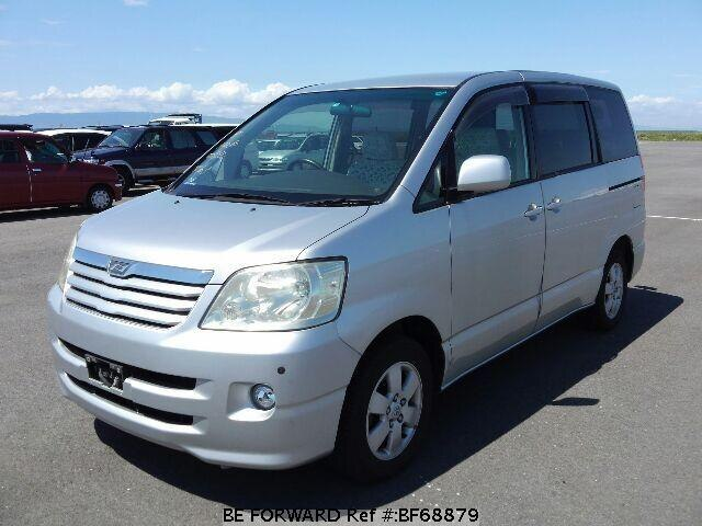 Used 2002 TOYOTA NOAH BF68879 for Sale