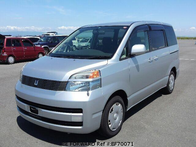 Used 2002 TOYOTA VOXY BF70071 for Sale