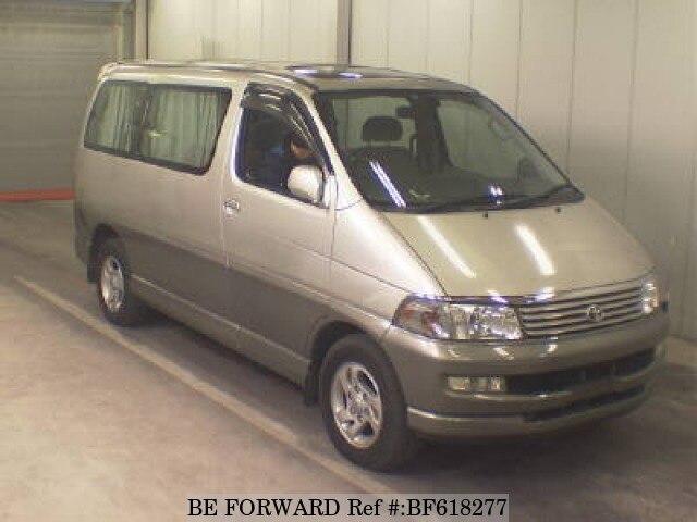 TOYOTA / Regius Wagon (KD-KCH40G)
