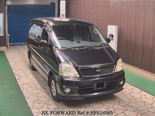 TOYOTA / Regius Wagon (GF-RCH41W)