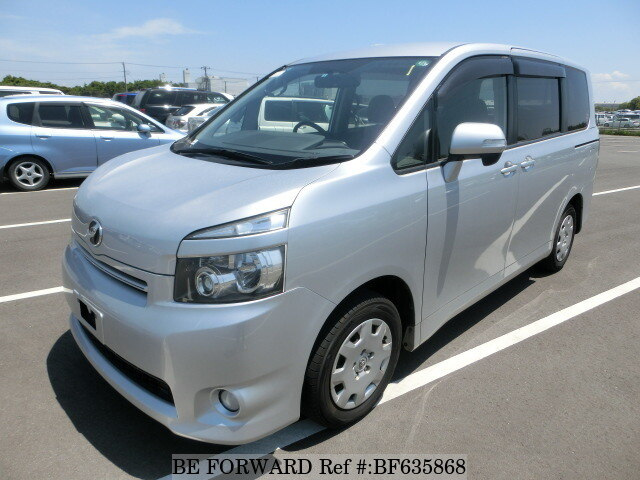 Used 2010 TOYOTA VOXY BF635868 for Sale
