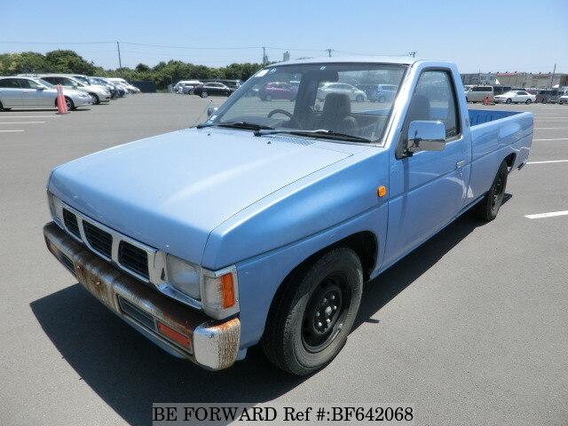 NISSAN / Datsun Truck (T-QGD21)