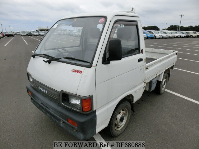 DAIHATSU / Hijet Truck (V-S83P)