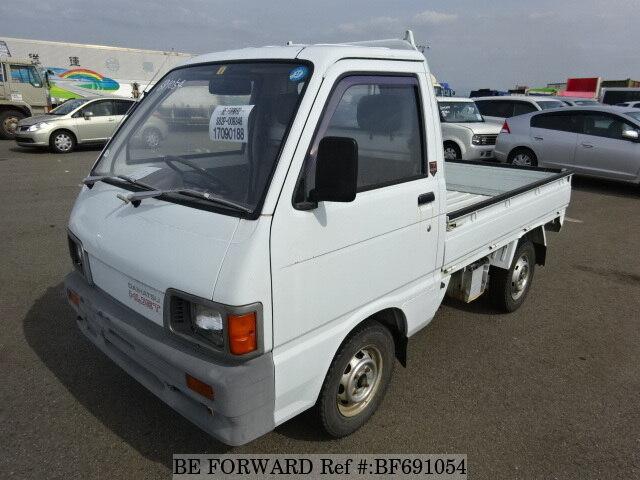 DAIHATSU / Hijet Truck (M-S82P)