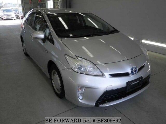 TOYOTA / Prius (DAA-ZVW30)