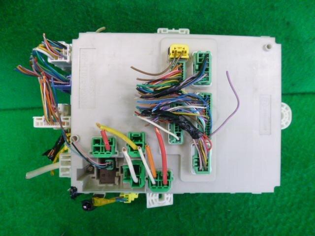Used]Fuse Box HONDA CR-Z 2010 DAA-ZF1 38200SZT971 - BE ... on