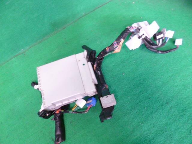 PASKU73740_8956a9 used]fuse box toyota noah dba zrr70w be forward auto parts toyota noah fuse box location at reclaimingppi.co
