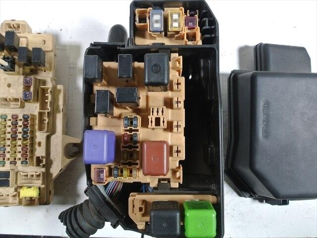 used fuse box toyota mark ii gf gx100 be forward auto parts rh autoparts beforward jp 2002 Toyota Tacoma Fuse Box Toyota Yaris Fuse Box Diagram