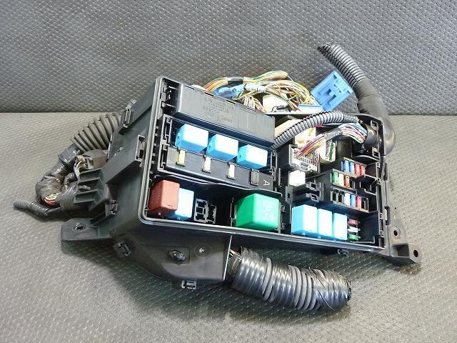 used fuse box toyota mark x dba grx121 be forward auto parts rh autoparts beforward jp  2006 toyota mark x fuse box location