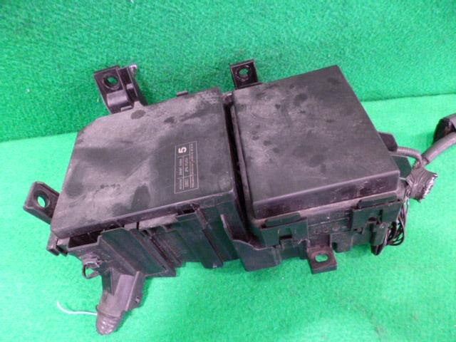 used fuse box nissan serena dba c26 be forward auto parts. Black Bedroom Furniture Sets. Home Design Ideas