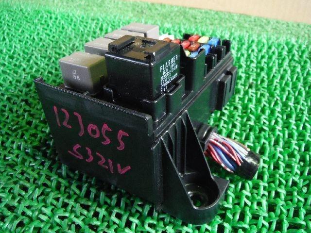 [Used]Fuse Box DAIHATSU Hijet 2012 EBD-S321V on