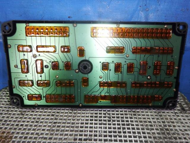PA00851730_db42b9 mitsubishi fuso fuse box efcaviation com mitsubishi fuso fuse box location at soozxer.org