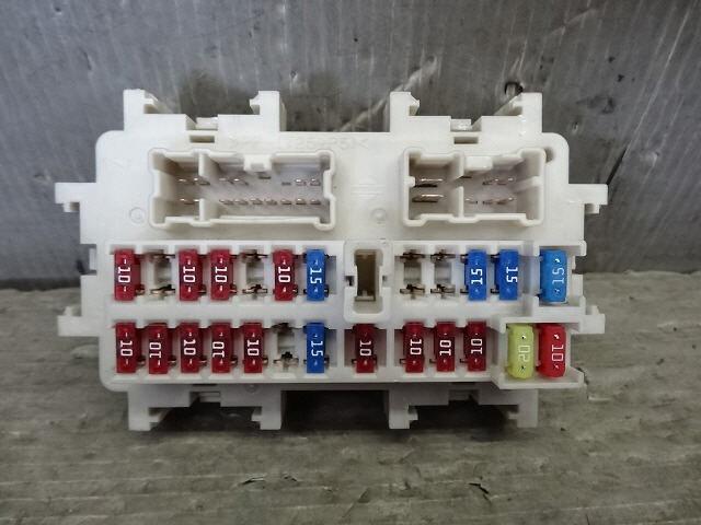 PA01414137_757e50 used]fuse box nissan serena 2005 cba c25 be forward auto parts