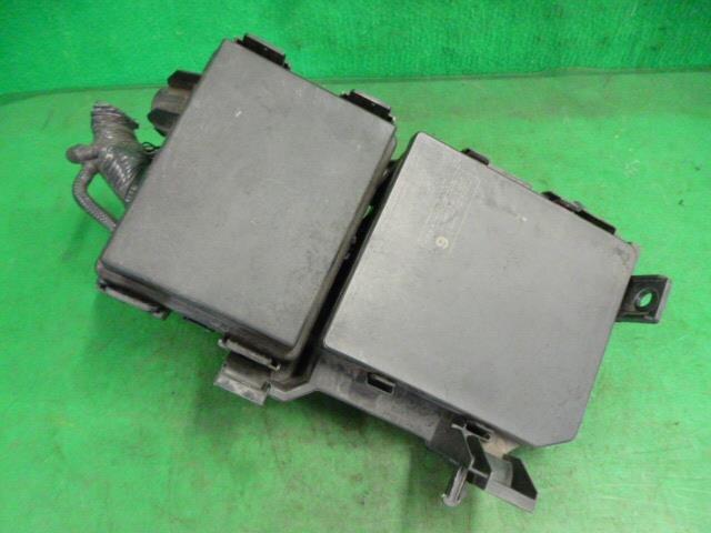 PA01718880_f9732c ebay][used]fuse box nissan serena dba c26 be forward auto parts