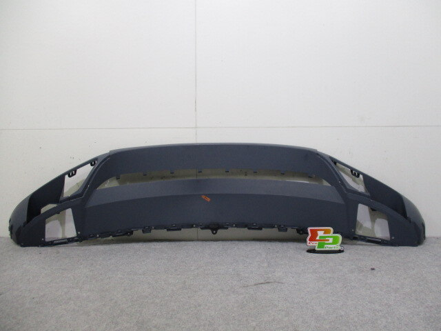 [Used] Front Bumper Face VOLKSWAGEN Touareg 7P 7P6 807 061 A
