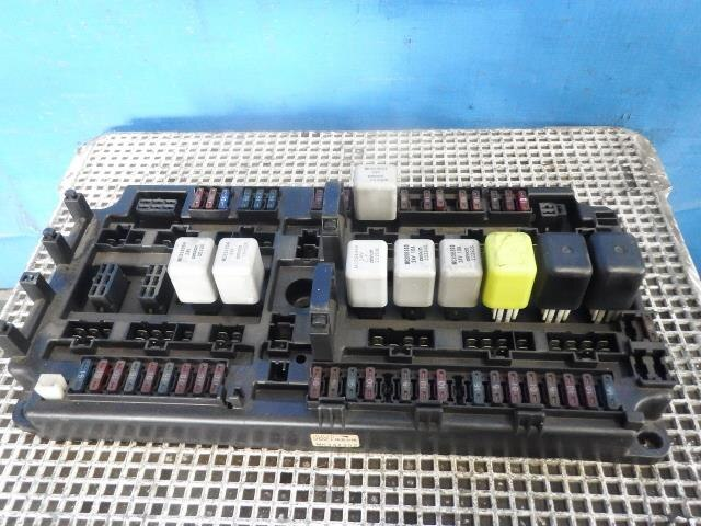 mitsubishi fuso fuse box best site wiring harness rh omniwindenergy com mitsubishi fuso canter fuse box diagram 1998 mitsubishi fuso fuse box location