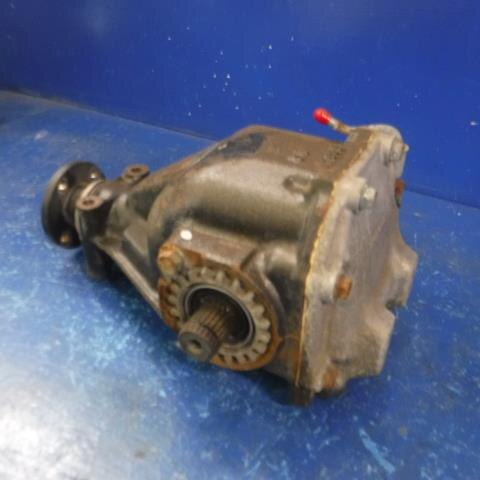 Used]Front IRS Differential Assembly SUBARU Sambar 2007 LE
