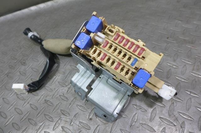 PA01911972_4671e1 used]fuse box nissan serena 2014 daa hc26 be forward auto parts