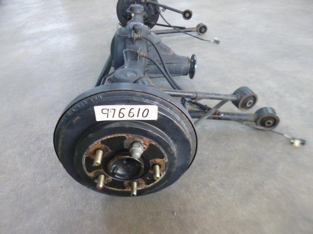 Used]Rear Differential Housing Assembly MITSUBISHI Pajero