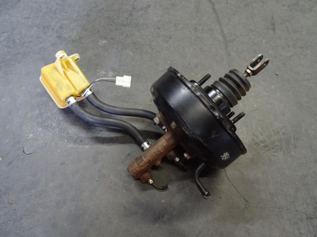 [Used]Brake Master Cylinder DAIHATSU Hijet 2002 TE-S210P 4461097504000