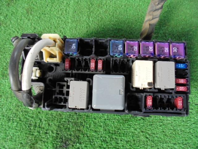 used fuse box daihatsu hijet 2008 gbd s331v 82660b5020 be forward rh autoparts beforward jp  daihatsu hijet fuse box location