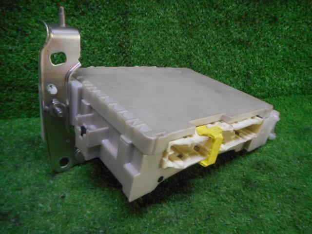 used fuse box toyota vitz 2013 dba ncp131 8922152261 be forward fuse box toyota vitz 2013 dba ncp131 8922152261