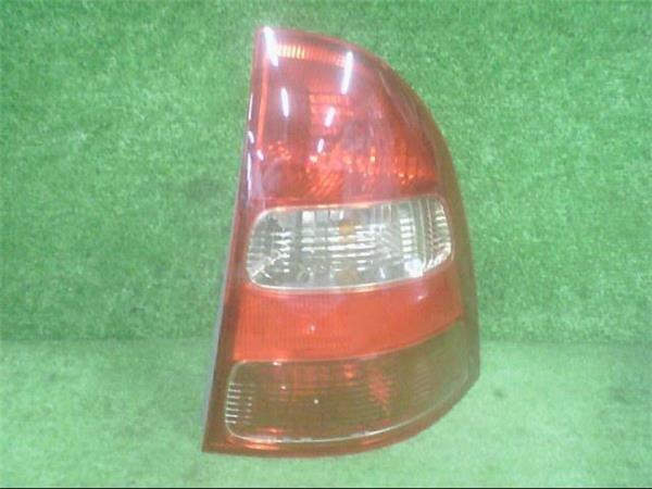 Right Tail Light Toyota Corolla Fielder 2000 Ta Zze123g