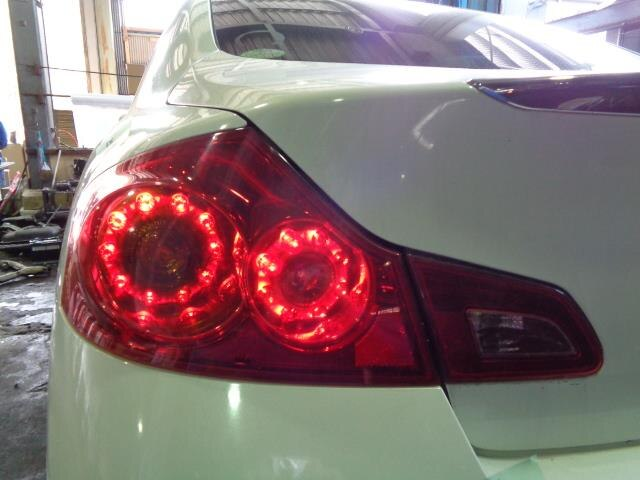 [Used]Skyline V36 left tail lamp [14270024]