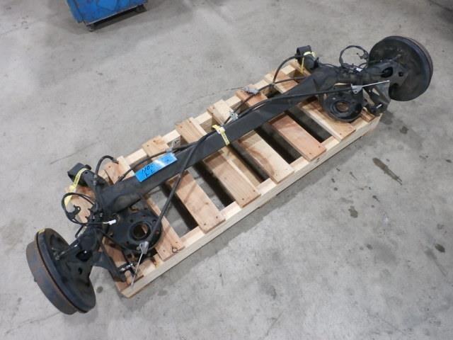 Used]Rear Axle Beam Assembly SUBARU Trezia 2010 DBA-NSP120X