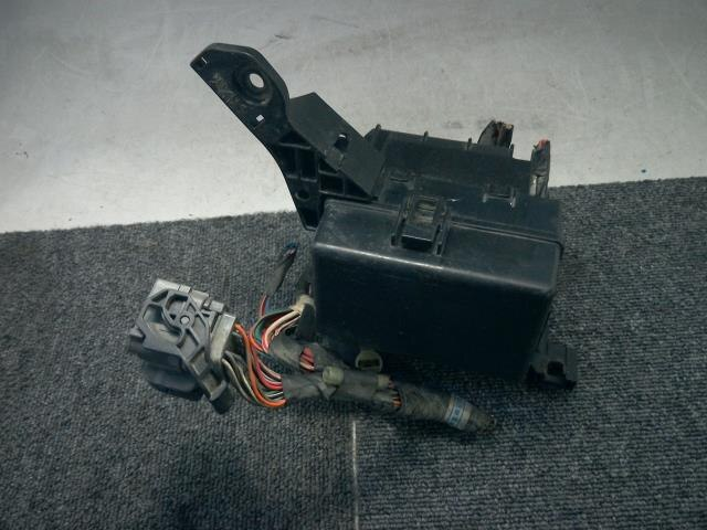 fuse box suzuki wagon r 2004 cba-mh21s