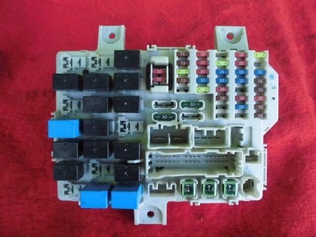 used fuse box mitsubishi colt 2004 cba z25a mn141227 be