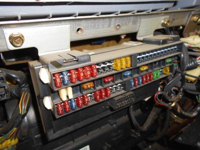 [used]fuse box mitsubishi canter 2002 kg-fb70ab mk387303  be forward auto parts