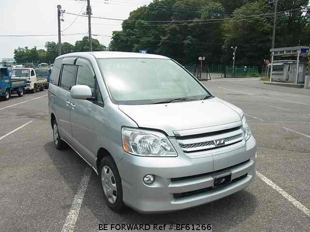 Used 2004 Toyota Noah X  Cba-azr65g For Sale Bf61266