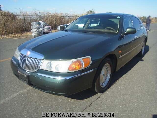 Used 2000 Lincoln Town Car Signature E 1lnwm82 For Sale Bf225314