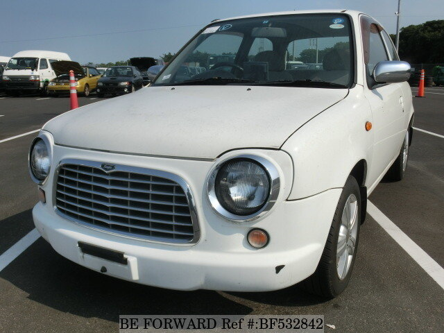 nissan march rumba