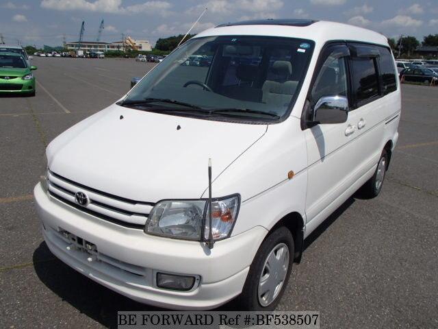 Toyota Noah 1999