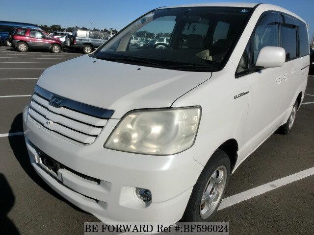 used 2003 toyota noah x elceo edition ta azr65g for sale bf596024 rh beforward jp 2003 Toyota Noah Interier Toyota Voxy 2003
