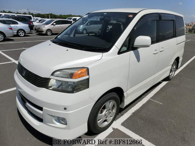 Used 2002 toyota voxy z gta azr60g for sale bf812666 be forward used 2002 toyota voxy bf812666 for sale fandeluxe Image collections