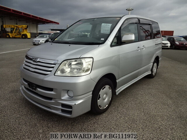 Used 2004 TOYOTA NOAH BG111972 for Sale