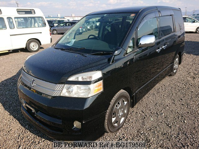 Used 2005 TOYOTA VOXY BG179569 for Sale