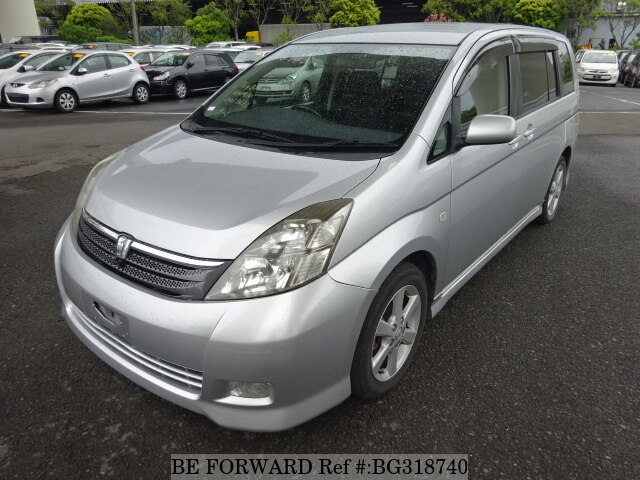 Used 2005 TOYOTA ISIS BG318740 for Sale