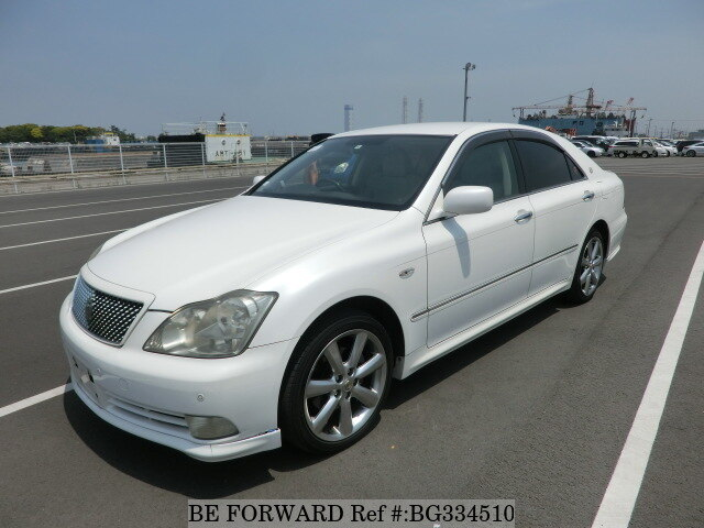 Used 2004 TOYOTA CROWN BG334510 for Sale