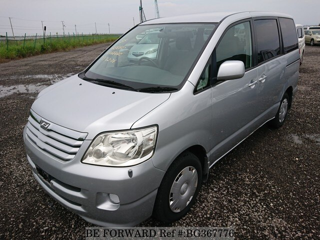 Used 2002 TOYOTA NOAH BG367776 for Sale