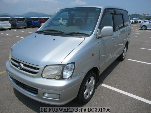 Used 2001 TOYOTA TOWNACE NOAH BG391096 for Sale